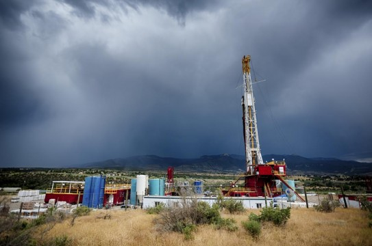 Oil-Well-Drilling-Pump-Fracking